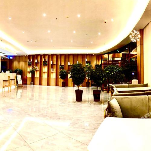 GreenTree Inn Shandong Heze Railway Station Business Hotel