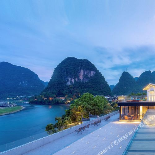 Percent Hotel Yangshuo by Li River (Yangshuo West Street)