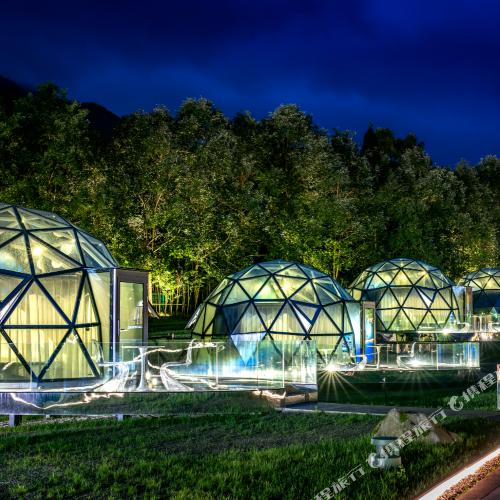 Green Field Star Tent Hotel