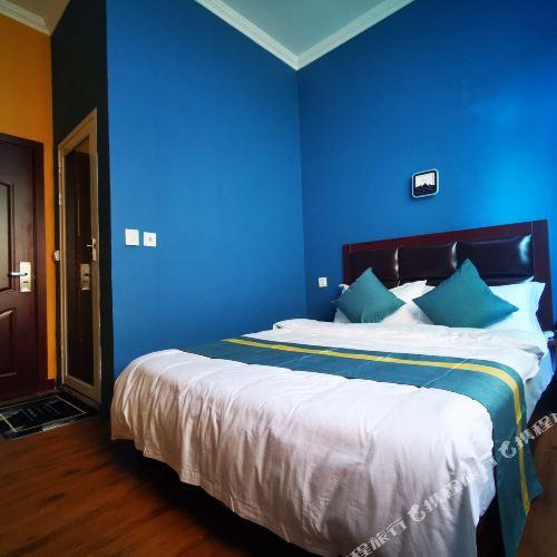 Qing Hotel