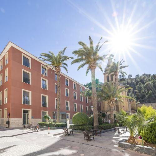 巴爾尼爾里奧阿爾切納萊昂 - 萊萬特酒店