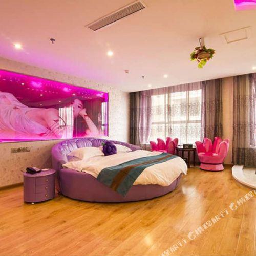 Dingcheng Hotel