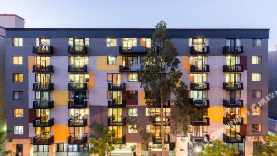 Mont Clare Boutique Apartments Perth