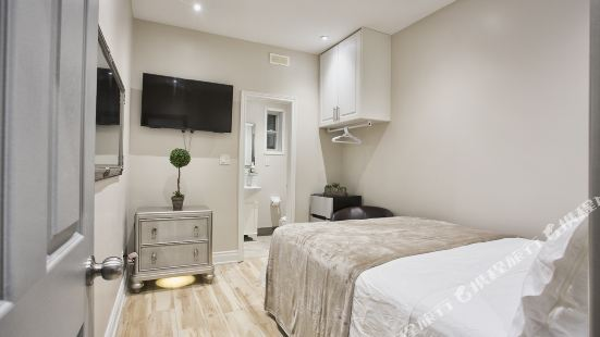 Toronto Rooms and Suites