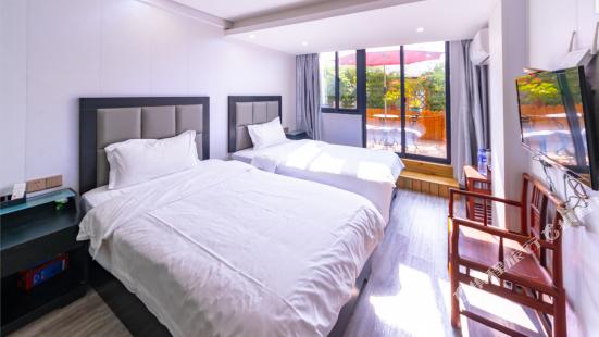 Zengcuoan Hotel