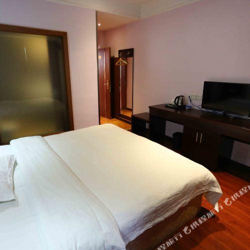 平武龍滙商務酒店