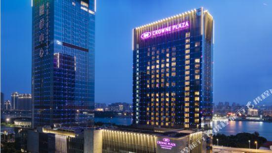福州融僑皇冠假日酒店