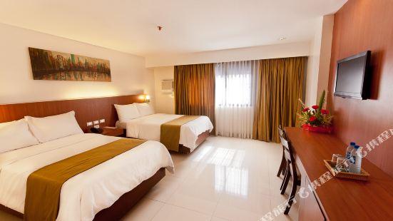 Chriscent Ville Hotel