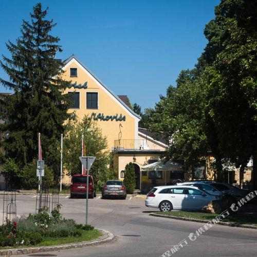 Sifkovits
