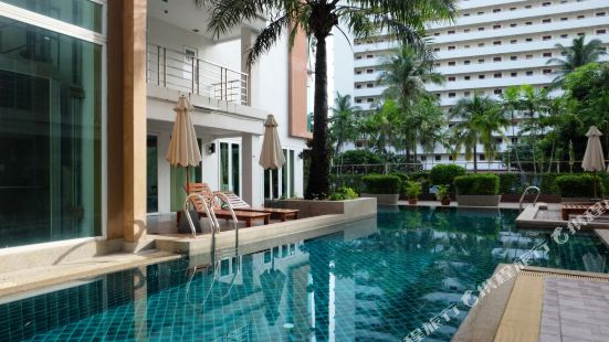 Patong Two Bedroom Apartment