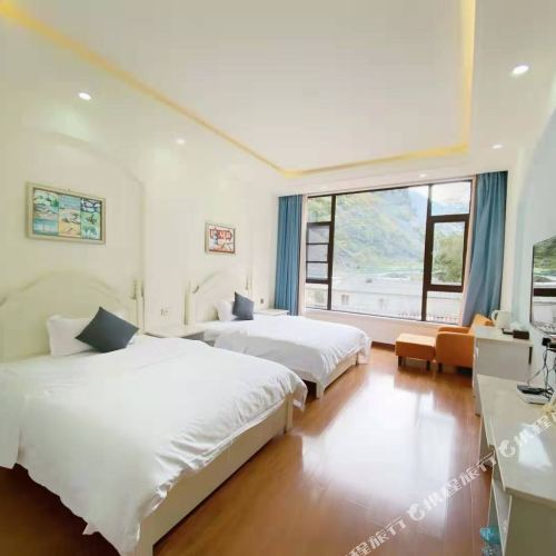 Beautiful Scenery Hotel