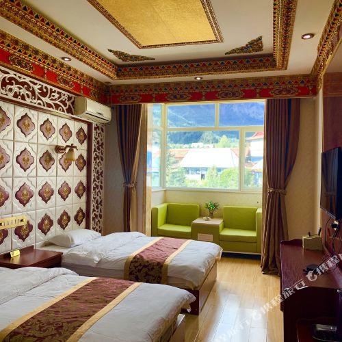 Wolong Shanzhuang Hotel
