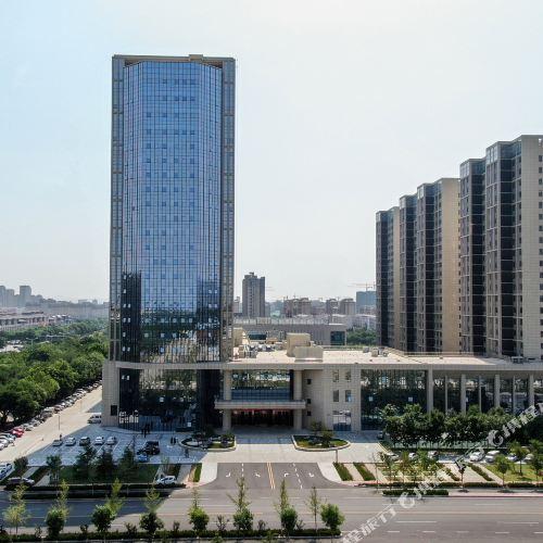 롱커우 인더스트리얼 앤 커머셜 유나이티드 호텔