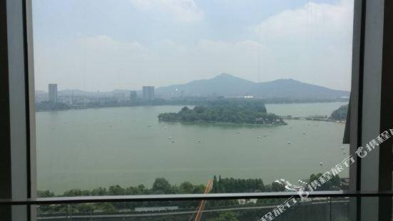 南京玄武湖湖景公寓