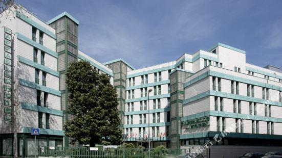 Hotel Raffaello Milano