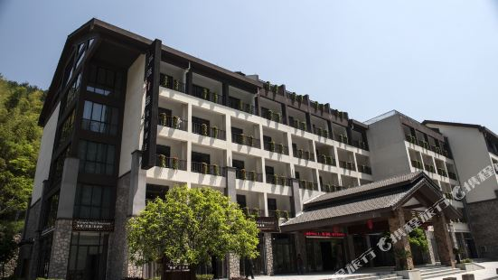 Luci No.1 Holiday Hotel