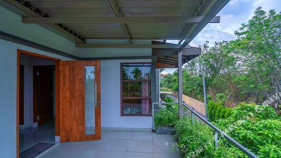 CC Home Nusa Dua Pool Pool Villa in Southern Bali