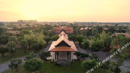 訶裏訶羅洛耶馬內度假村