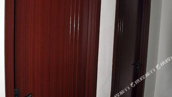 西安小寨YOYO膠囊公寓