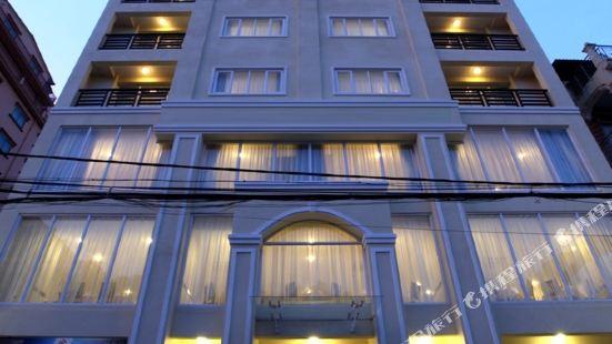 China Wind Holiday Hotel