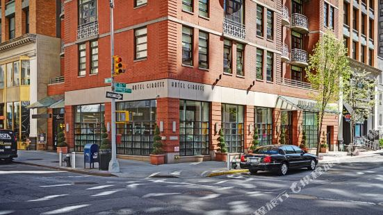 紐約圖書館酒店集團長頸鹿酒店