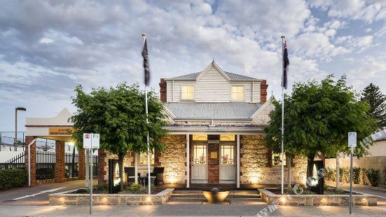 Pier 21 Apartment Hotel Fremantle Perth