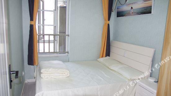 武漢楚河漢街地鐵站D出口凱德1818精品房公寓