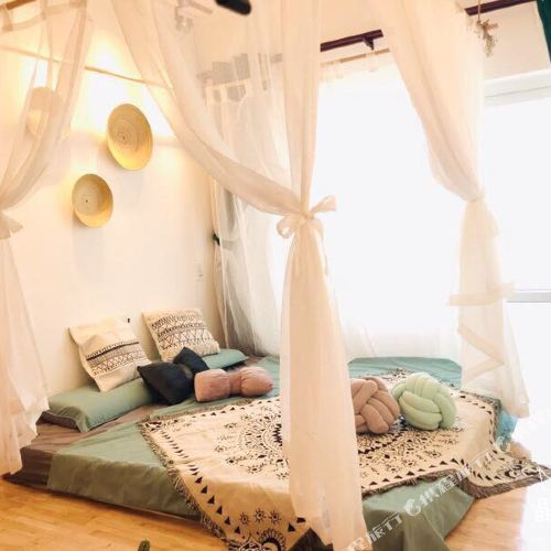 Y and F Seaview Apartment Homestay