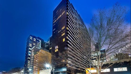 Aura on Flinders Serviced Apartments Melbourne