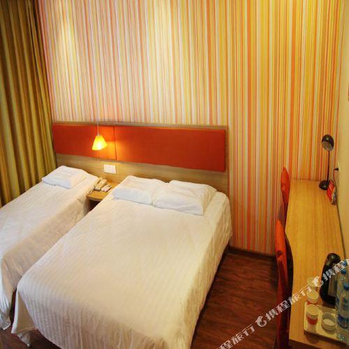 Home Inn (Xinmin Liaohe Street)