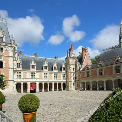 穆伊城堡酒店