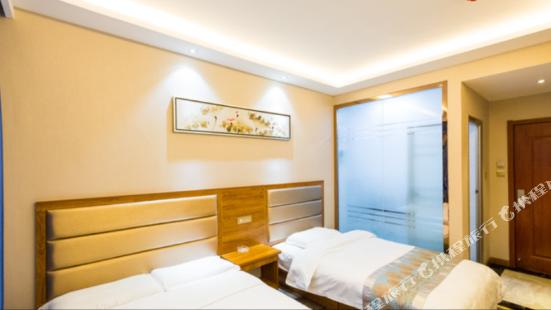 Lian Zi Hotel