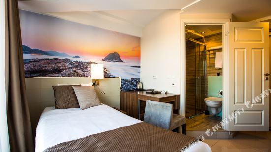 Norwegian Hotel