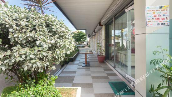 OYO 157 Casa Venna Pension House