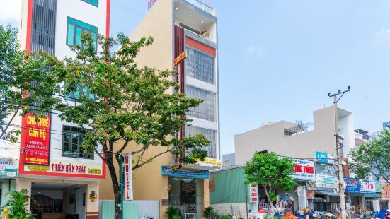 OYO 396 Merry Palace Hotel