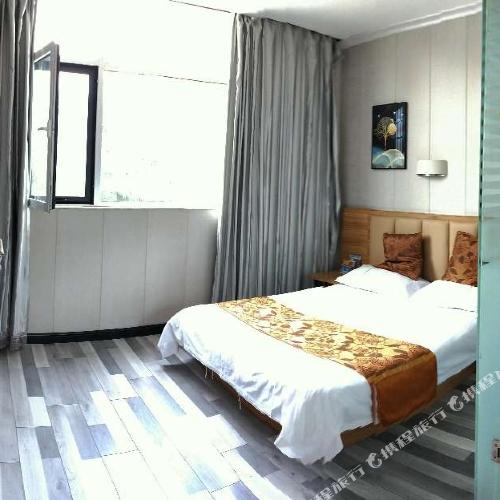 Super 8 Hotel (Wenshang Long-distance Bus Station)