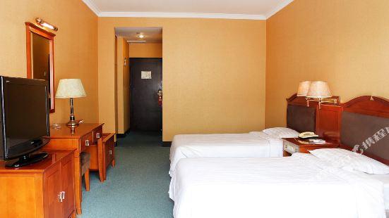 옌한산 호텔