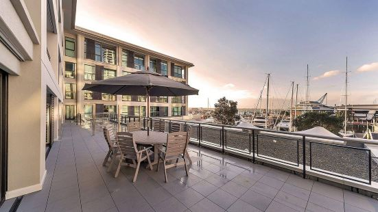 Pelicanstay at Auckland Waterfront