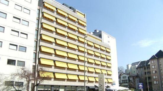 法蘭克福佈雷徹斯塔格街弗萊明LiV'iN酒店