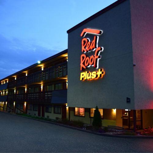 蒙羅維爾匹茲堡東紅屋頂優質酒店