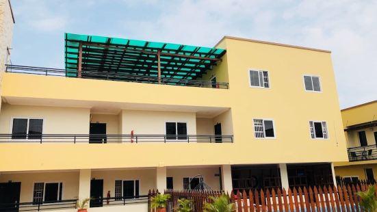 Kobys Lodge & Apartment Ltd
