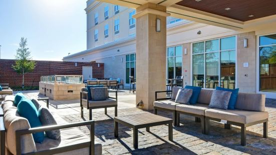 Courtyard by Marriott Jackson Madison