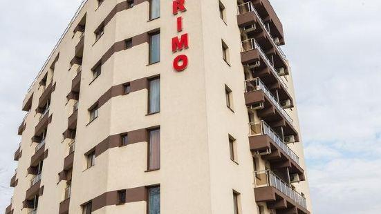 普里莫公寓酒店