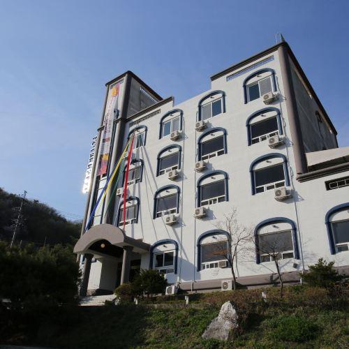 첼로 호텔