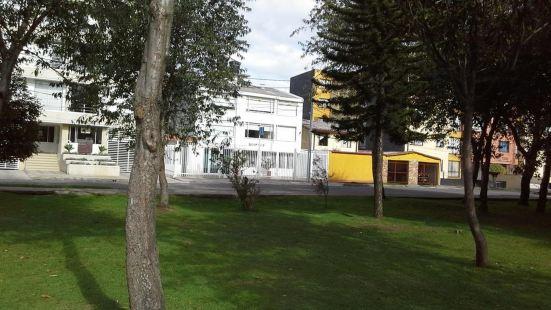 豐塔納爾烏薩基恩酒店