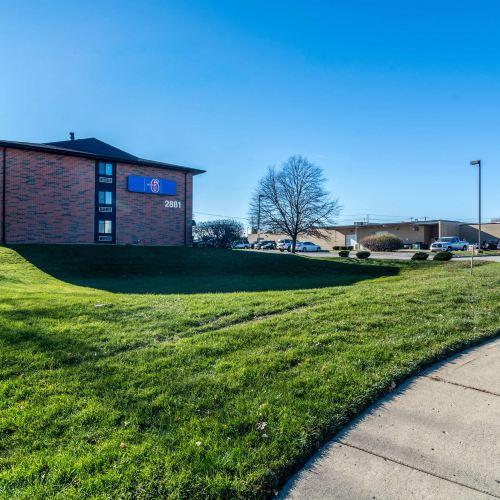 Motel 6-Elk Grove Village, IL - O'Hare