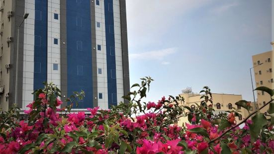 Gardens View Aparthotel