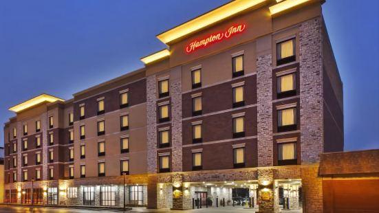 密歇根州底特律迪爾伯恩希爾頓歡朋酒店