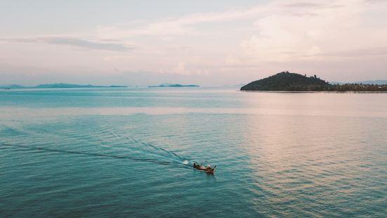 Island Escape by Burasari