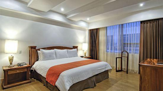 Balmoral Premium Rooms